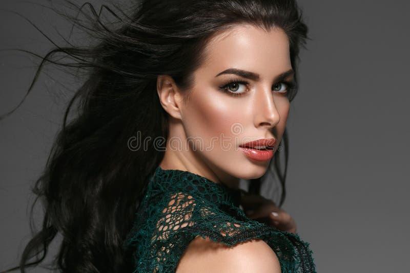 Piękny kobiety twarzy portreta piękna skóry opieki pojęcie Piękny obrazy stock
