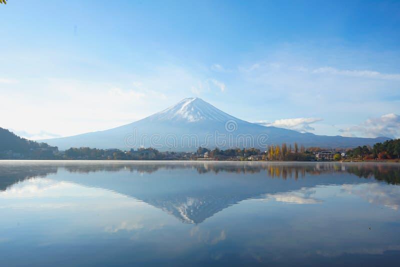 Piękny krajobrazu widok Mt Fuji Japonia w ranku obrazy royalty free
