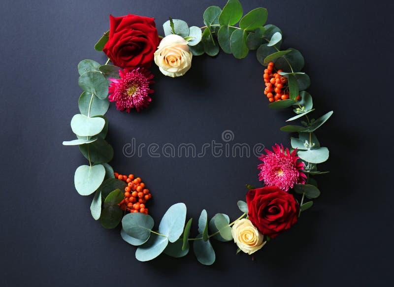 Piękny kwiatu wianek zdjęcia stock