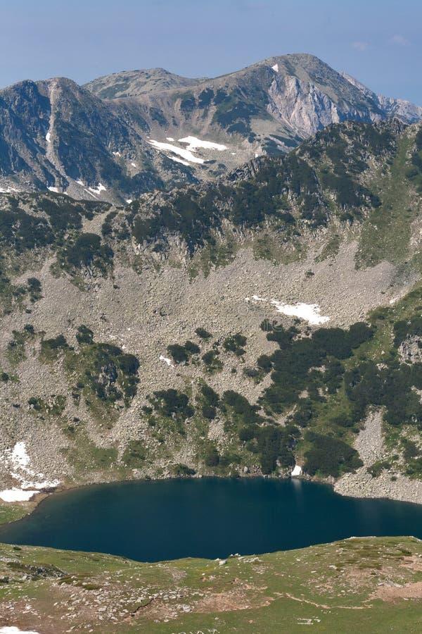 Piękny lato widok Vlahini jeziora, Pirin góra fotografia royalty free