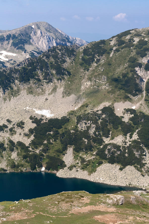Piękny lato widok Vlahini jeziora, Pirin góra obrazy stock