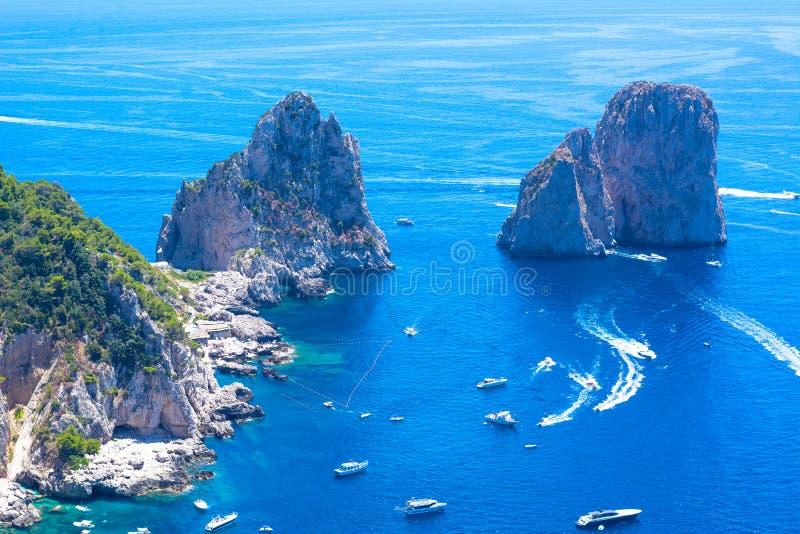 Piękny letni dzień w Capri wyspie, Włochy fotografia stock