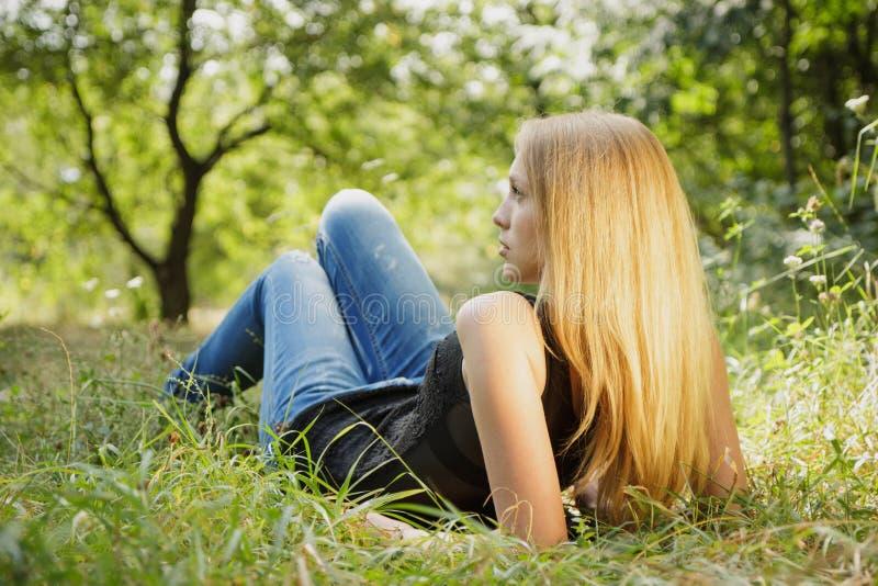 Piękny młoda kobieta portret obraz royalty free