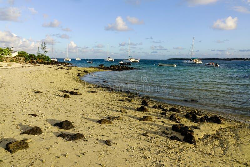 Piękny morze w Uroczystym Baie, Mauritius zdjęcia stock