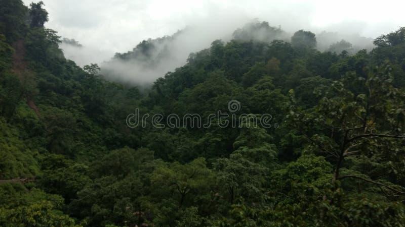 Piękny mountaits widok przy khera rishikesh uttrakhand goan ind obraz royalty free