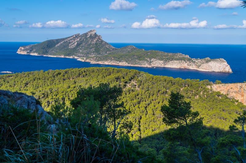Piękny na Sa Dragonera od gór Tramuntana, Mallorca, Hiszpania obraz royalty free