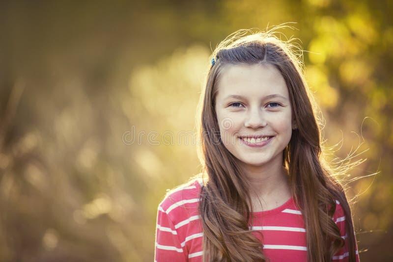 Piękny Nastoletni dziewczyna portret outdoors zdjęcia royalty free