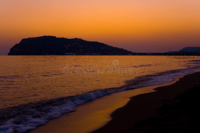 Piękny niebo przy zmierzchem na morzu zdjęcie royalty free