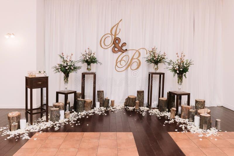 Piękny niezwykły ślubny wystrój zdjęcia stock