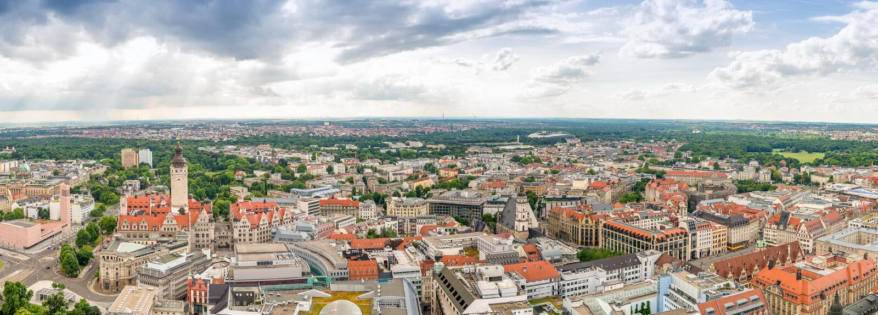 Piękny panoramiczny zmierzchu widok z lotu ptaka Hamburg, Niemcy zdjęcie royalty free