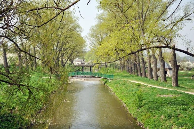 Piękny park w wiośnie zdjęcie stock