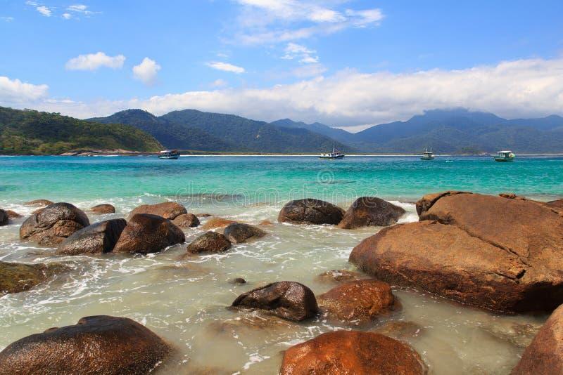 Piękny plażowy Aventueiro, Ilha Grande, Brazylia fotografia stock