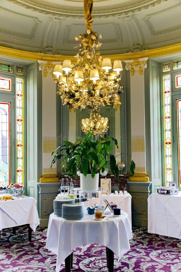 Piękny projekt restauracja w górskiej chacie Uroczysty Barrail obrazy stock