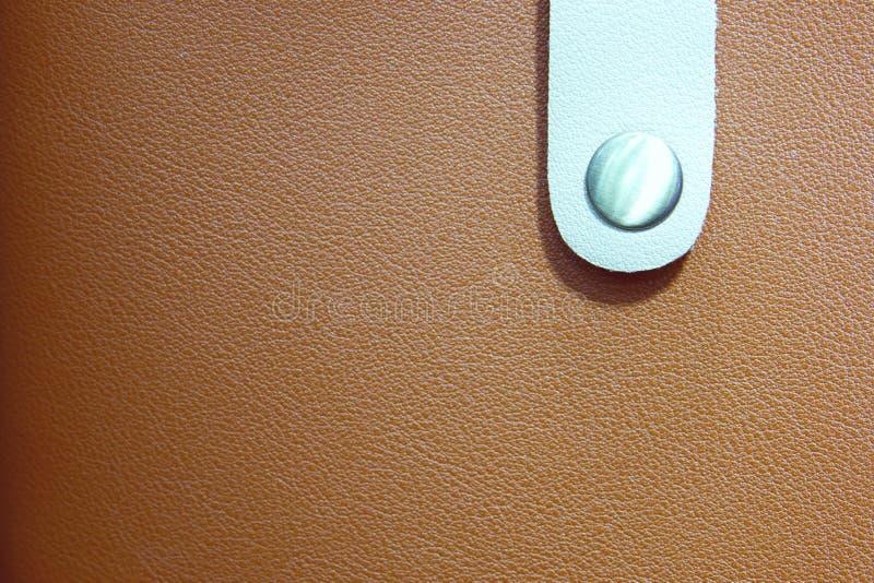 Piękny rzemienny portfel mody tło zamknięty w górę zdjęcia royalty free