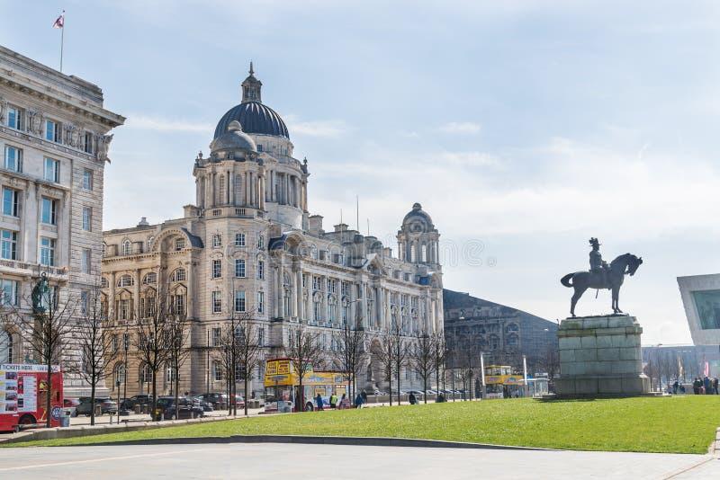 Piękny słoneczny dzień w Liverpool, UK, różni widoki cit, fotografia stock