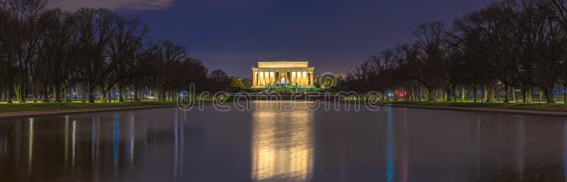 Piękny, sceniczny panoramowy widok pamięci Abrahama Lincolna w centrum handlowym Waszyngtonu, Stany Zjednoczone Punkt orientacyjn obrazy stock