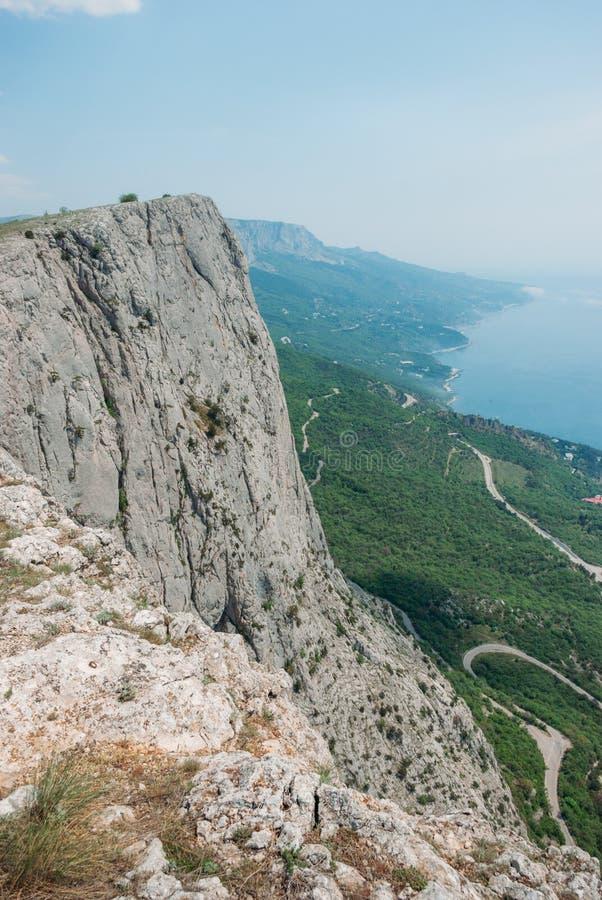 piękny sceniczny widok góry w Ukraina, Crimea, zdjęcia stock