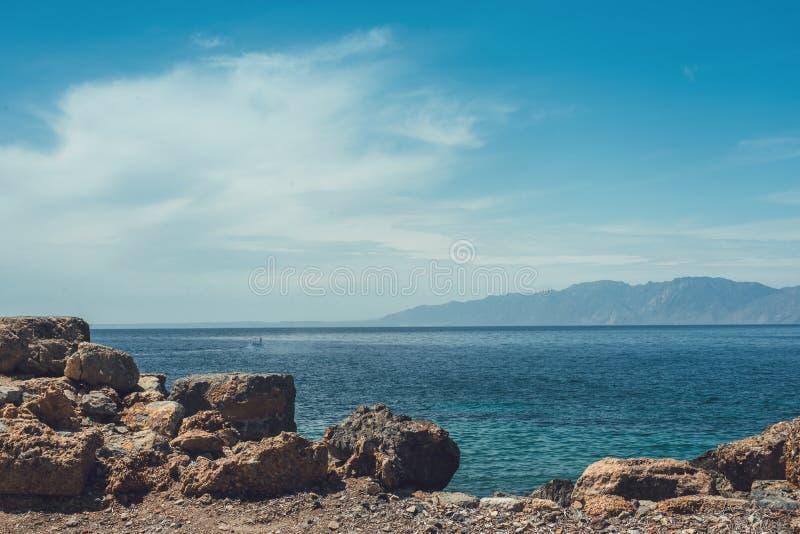 Piękny seascape z wybrzeża antyczny miasto Knidos obrazy royalty free