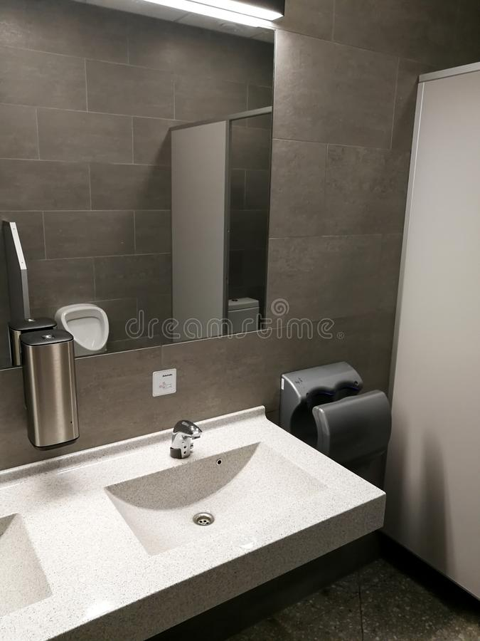 Piękny społeczeństwa WC wnętrze zdjęcia stock