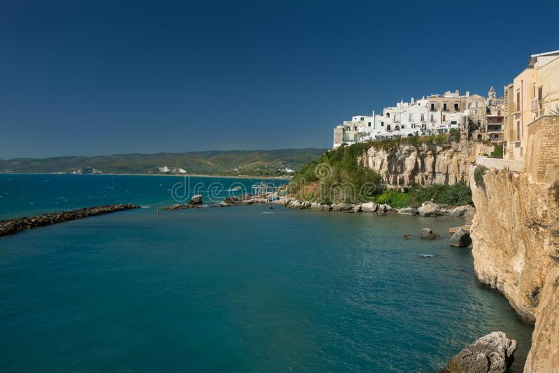 Piękny stary miasteczko Vieste, Gargano półwysep, Apulia region, południe Włochy obrazy stock