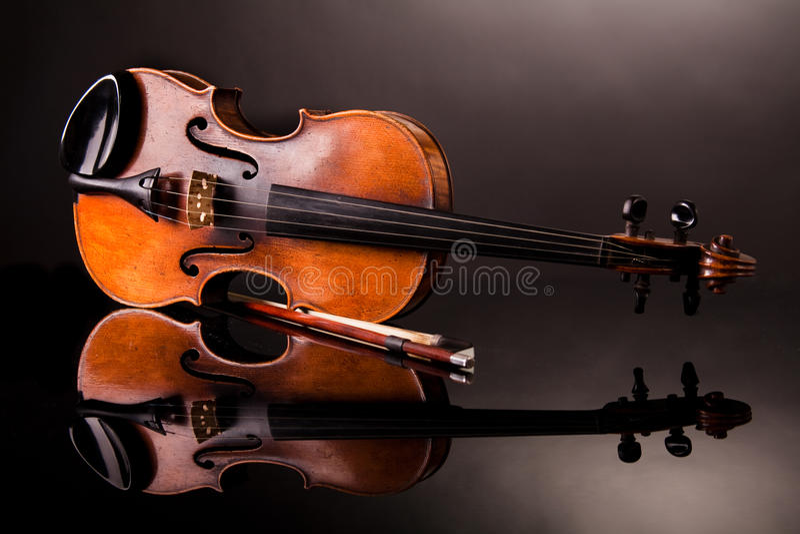 piękny stary skrzypce zdjęcie stock