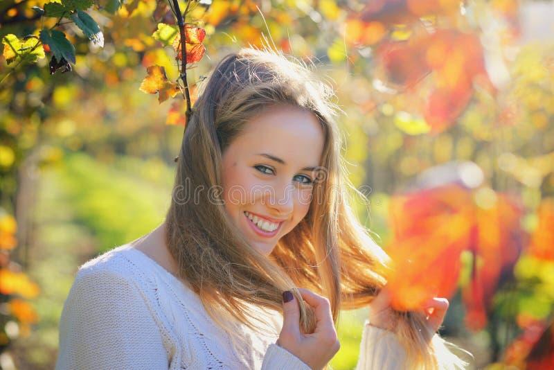 Piękny uśmiech od młodej kobiety obrazy royalty free