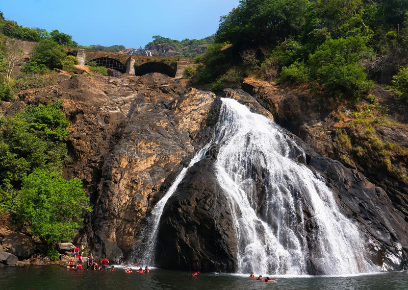Piękny widok Dudhsagar siklawa w Goa fotografia stock