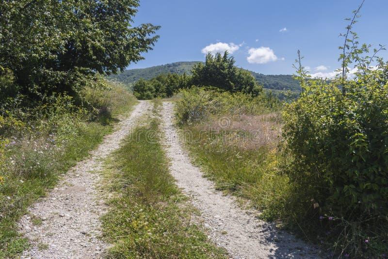 Piękny widok górski od Troyan przepustki Troyan Bałkański jest wyjątkowo malowniczy i oferuje kombinację cudowny zdjęcie royalty free