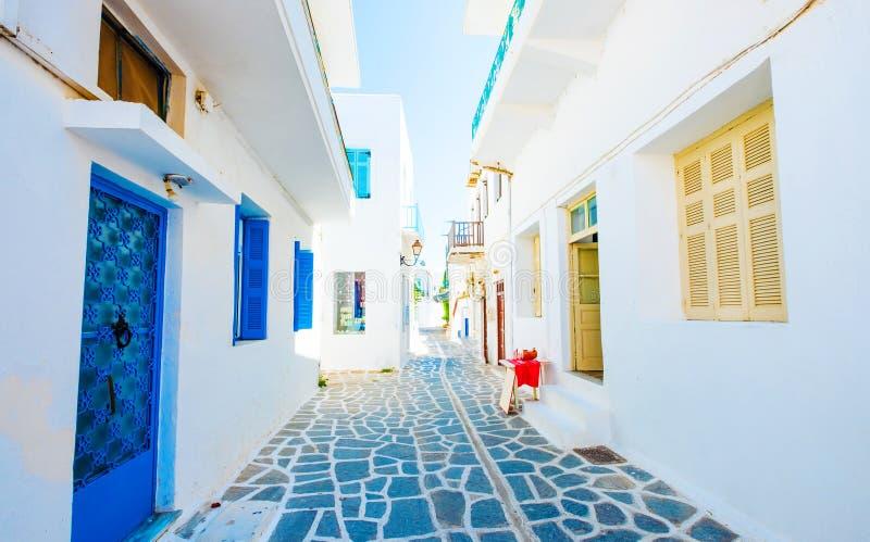Piękny widok grecka ulica obrazy royalty free