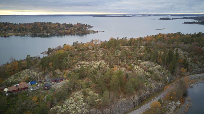 Piękny widok klasyczni szwedzi kształtuje teren z góry zdjęcie royalty free