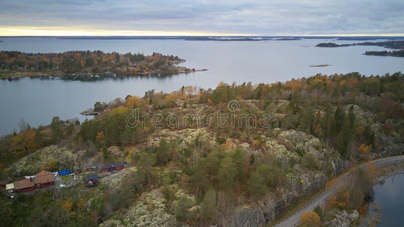 Piękny widok klasyczni szwedzi kształtuje teren z góry zdjęcie stock