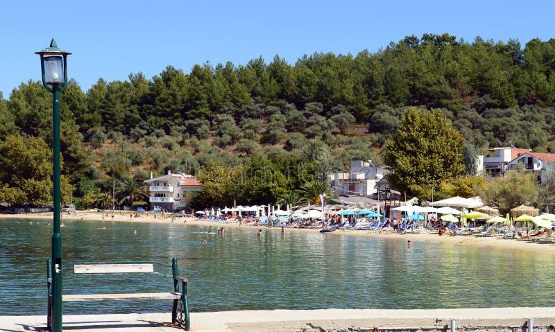 Piękny widok Limenas plaża blisko starego schronienia w Thassos wyspie, Grecja fotografia royalty free