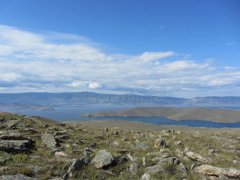 Piękny widok na jeziornym Baikal obraz stock