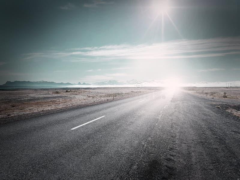 Piękny widok pustynna autostrada obrazy stock