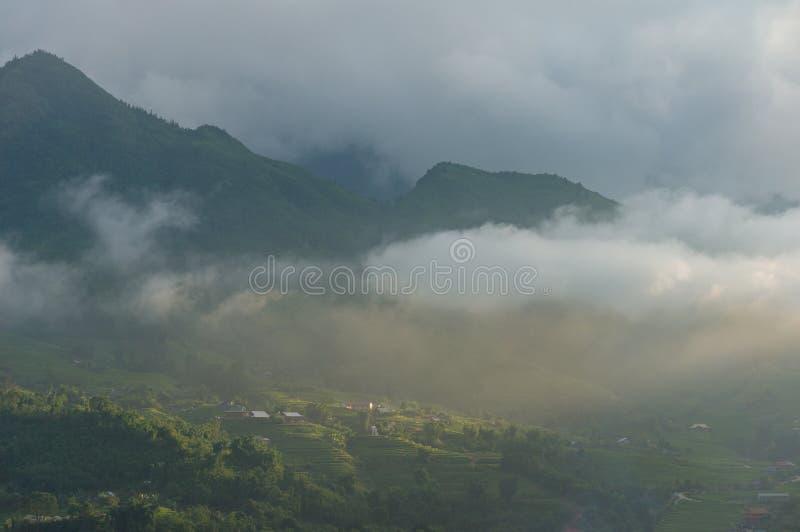 Piękny wieś krajobraz wysoka góra ryżowi tarasy fotografia royalty free
