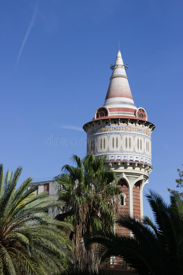 Piękny wierza w Barcelona obrazy stock