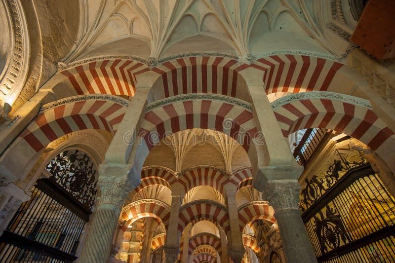 Wnętrze mezquita, cordoba, Hiszpania obraz stock