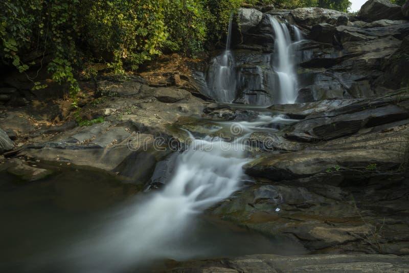 Piękny wodospad Monsun w pobliżu Ayodhya,West Bengal,Indie zdjęcia royalty free