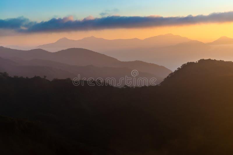 Piękny wschód słońca nad Alpami Japońskimi fotografia stock