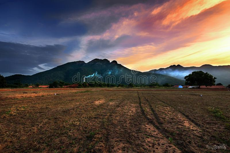 Piękny wschód słońca widok w Coimbatore Tamilnadu obrazy stock