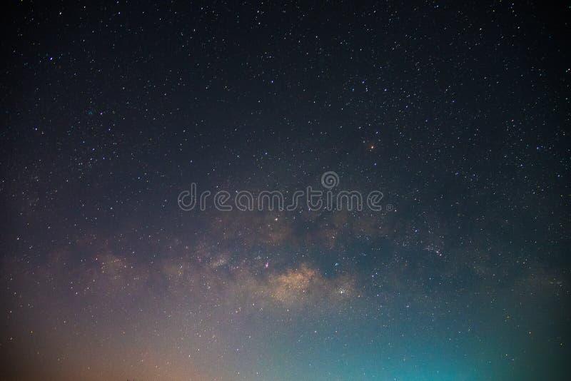 Piękny wszechświat Zadziwiający wszechświat Astronautyczny tło piękny galaktyki zdjęcia stock