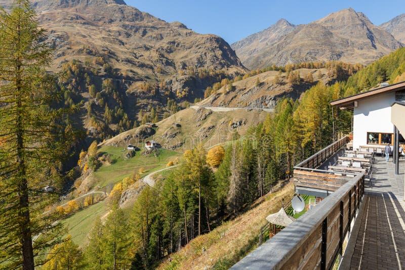 Piękny wysokogórski krajobraz w spadku Muczenia w Passeier, Południowy Tyrol, Włochy fotografia royalty free