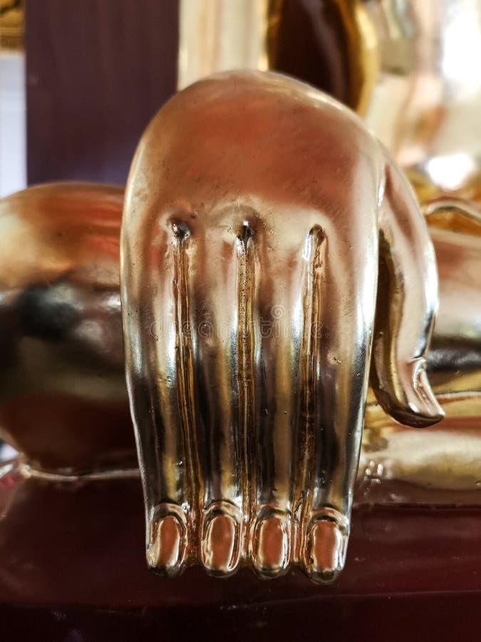 Piękny Złocisty Buddha ręki szczegół zdjęcia royalty free