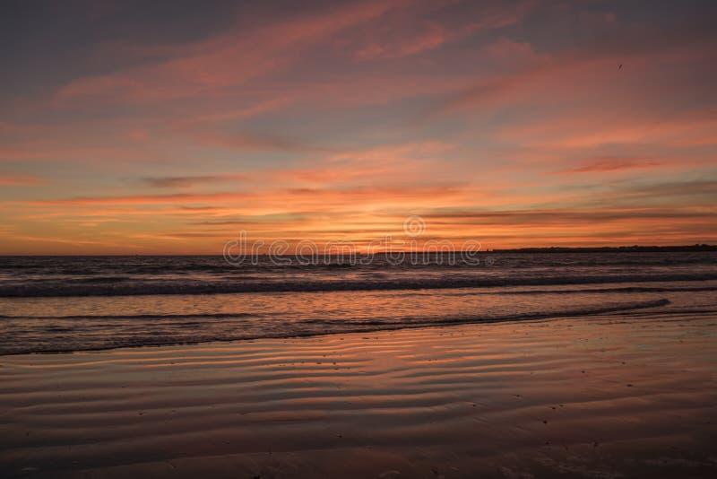 piękny zachód słońca na plaży fotografia stock