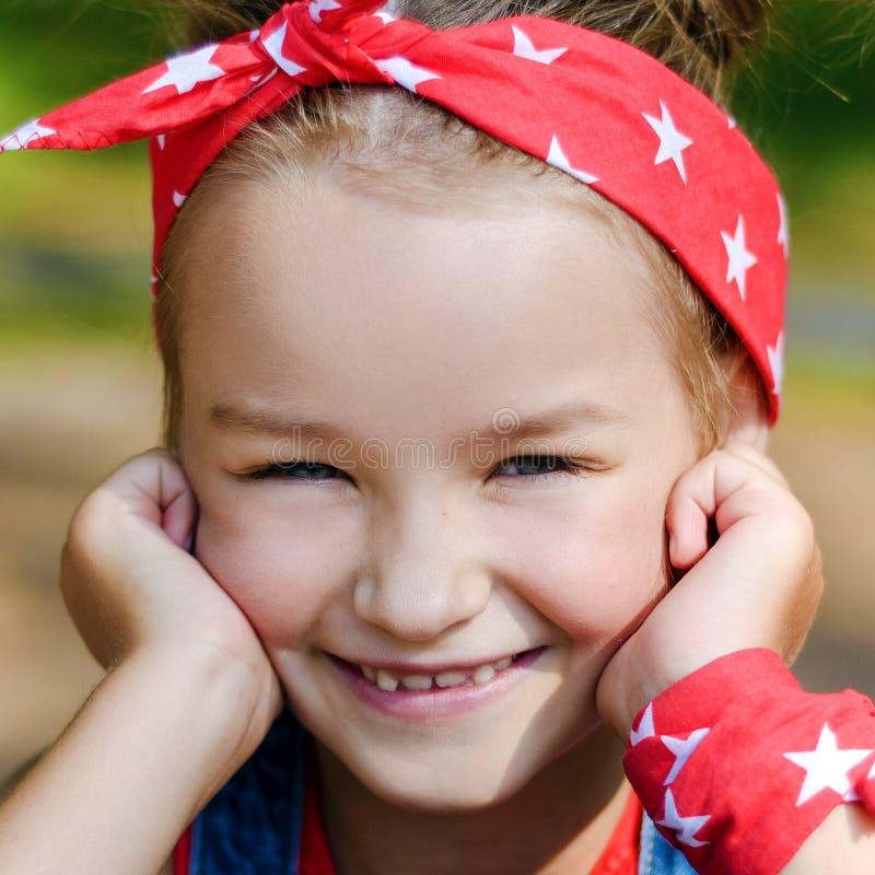 piękny zamkniętej dziewczyny mały portret mały fotografia stock