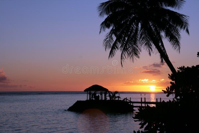 Piękny zmierzch na Samoańskiej plaży zdjęcia royalty free