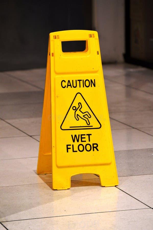 piętro znak mokry ostrożności obrazy royalty free