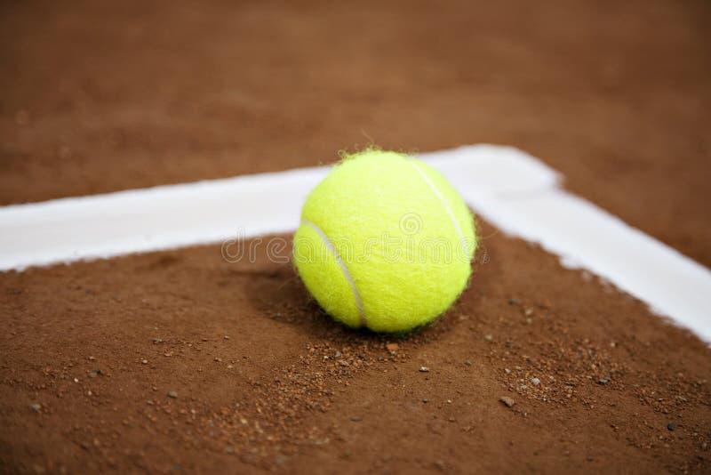 piłka linia tenisowy white obraz stock