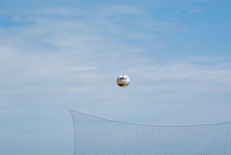 Piłka w powietrzu zdjęcia stock