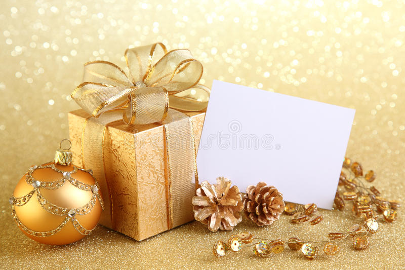 piłki boksują boże narodzenie prezent zdjęcie royalty free